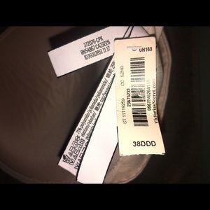 Victoria's Secret Intimates & Sleepwear - Victoria Secret Bra 38DDD Runs Small
